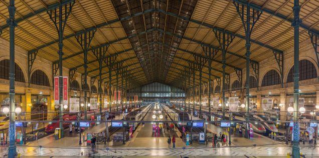 Gare_Du_Nord_Interior,_Paris,_France_-_Diliff